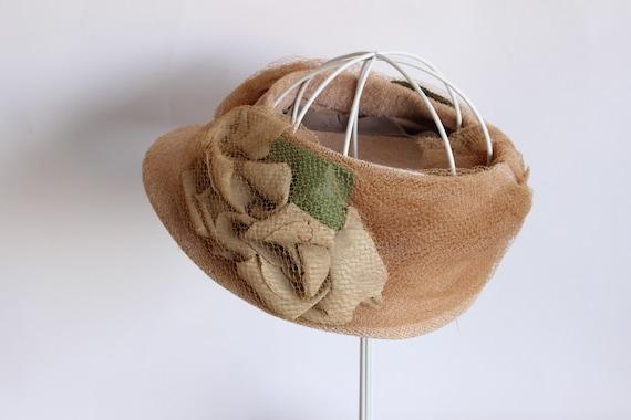 Vintage 1930s Hat / Blush Wide Brimmed Hat with N… - image 6