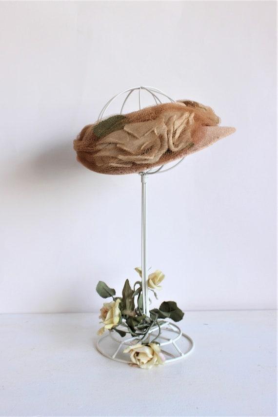 Vintage 1930s Hat / Blush Wide Brimmed Hat with N… - image 2