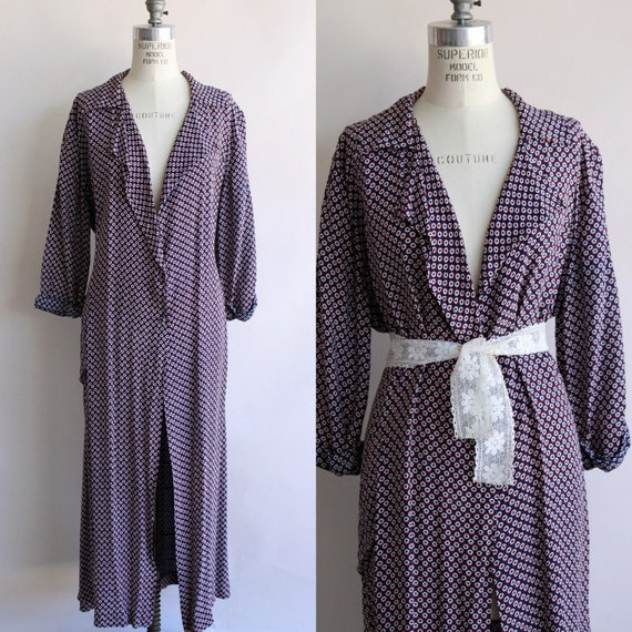 Vintage 1940s Dressing Gown / Brendelle Rayon Robe