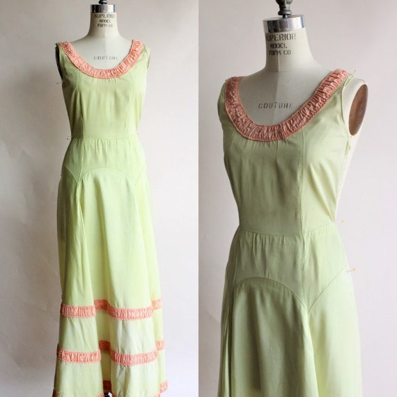 Vintage 1940s Dress / Green with Peach Trim Full L