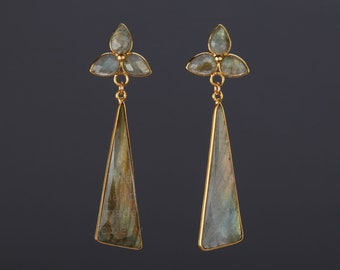 Long two tier labradorite earring,scalene triangle labradorite,three lobe leaf labradorite earring,February birthday gift,anniversary gift