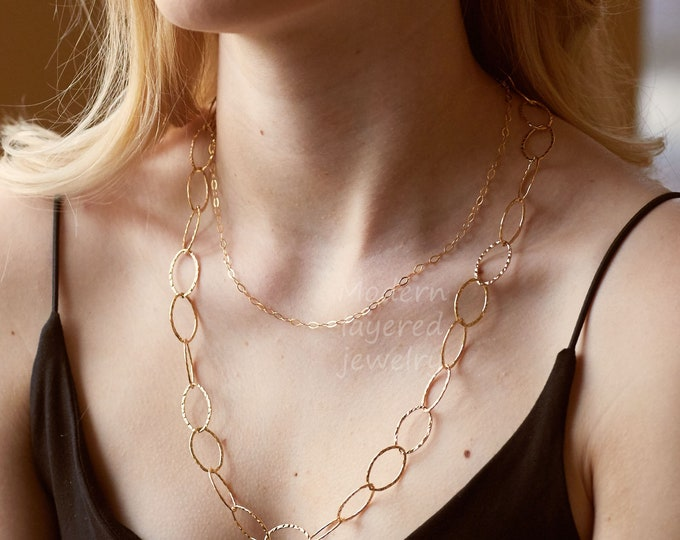 Gold hammered oval link necklace,textured ring chain,long layered necklace,everyday jewelry,modern circle link necklace,mother's day gift