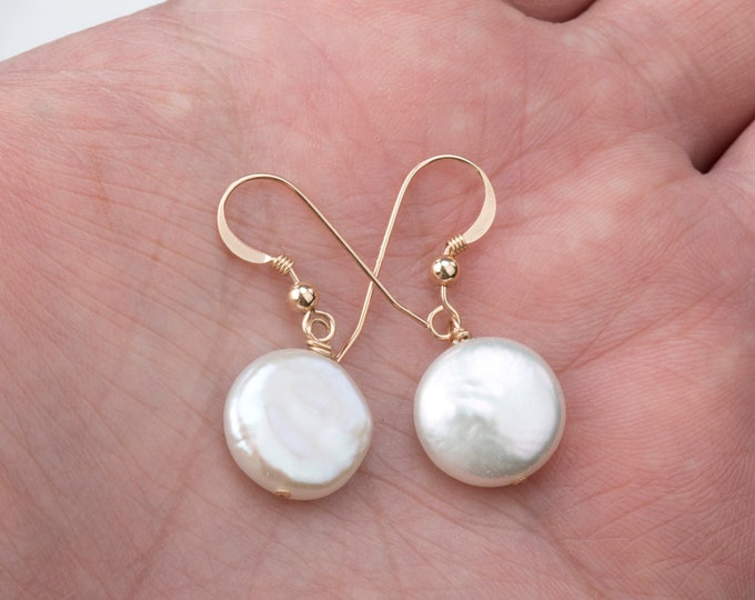 Freshwater white coin pearl earrings in sterling silver/14k gold filled,bridesmaid earrings,maid of honor gift,mother's day gift,custom card