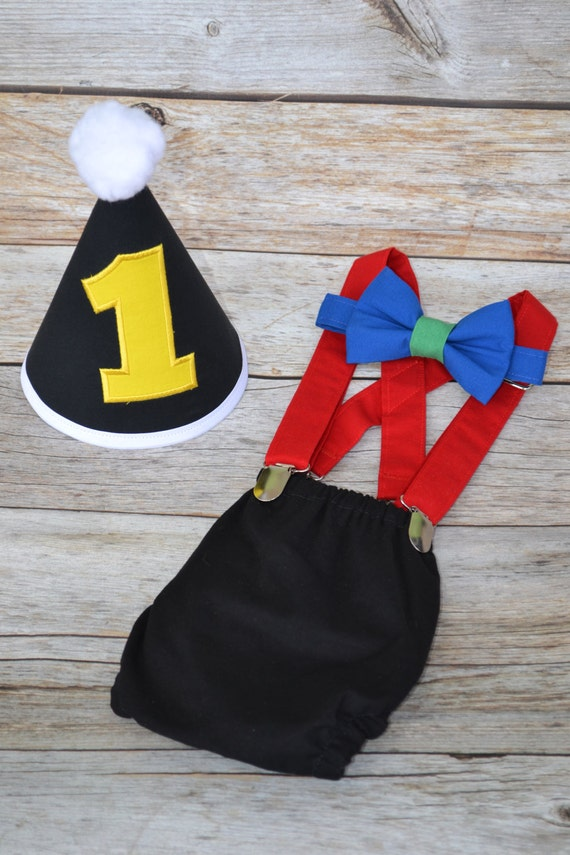 Uno birthday cake smash Boy cake smash outfit primary colors red blue green and yellow cake smash outfit