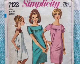 1960s Simplicity 7123 Sewing Pattern Ladies Misses Shift Sheath Dress Gathered Yoke Color Block Cold Shoulder Sleeveless Size 12 Bust 32
