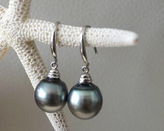 Tahitian pearl, woman earring, silver sterling, australian leather