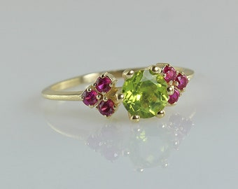 Peridot Gold Ring, Multi Ruby Ring, Peridot Engagement Ring, Anniversary Ring, Gold Indian Style Ring, Ring For Women, Gemstone Gold Ring
