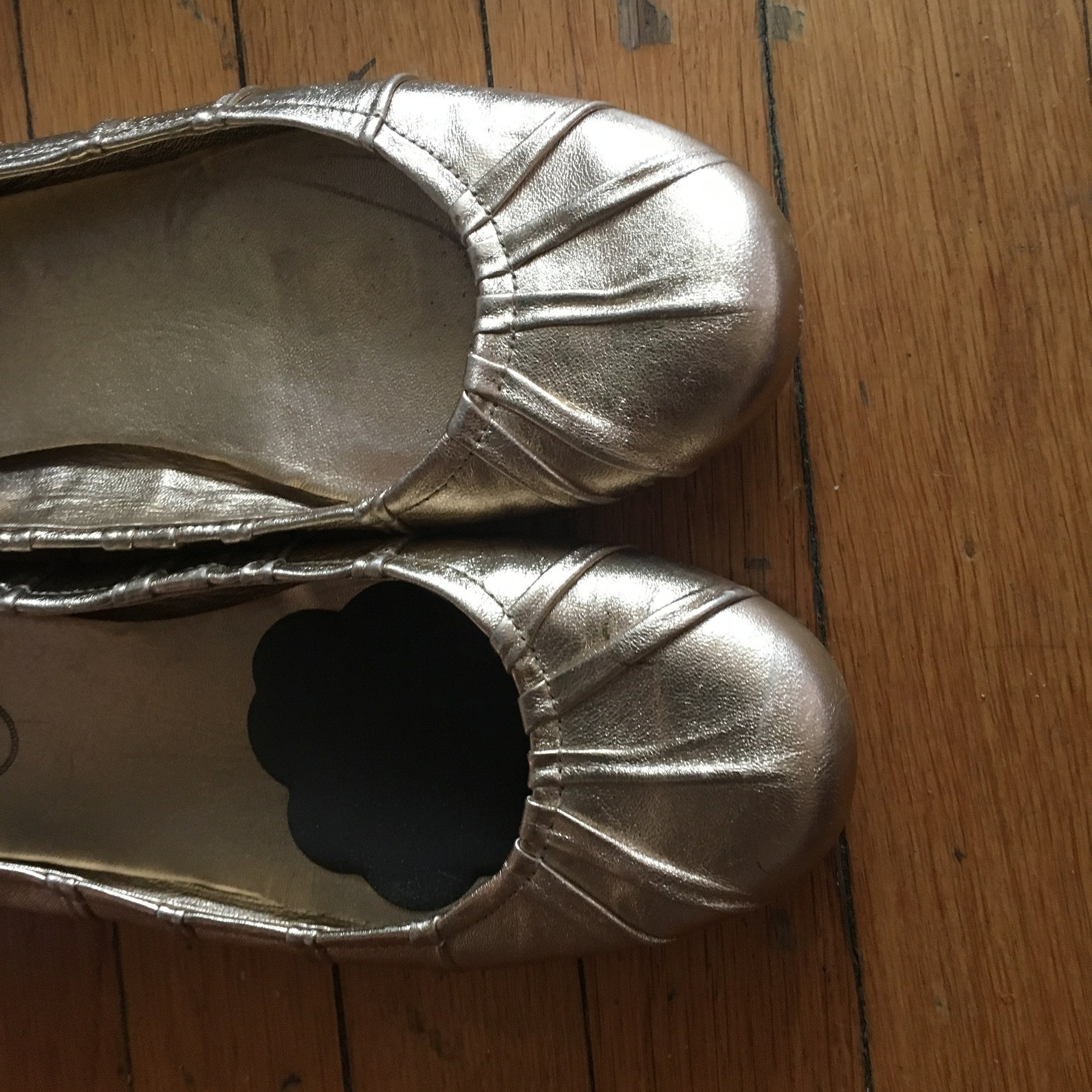 prada 100% authentic leather gold ballet shoes 8.5