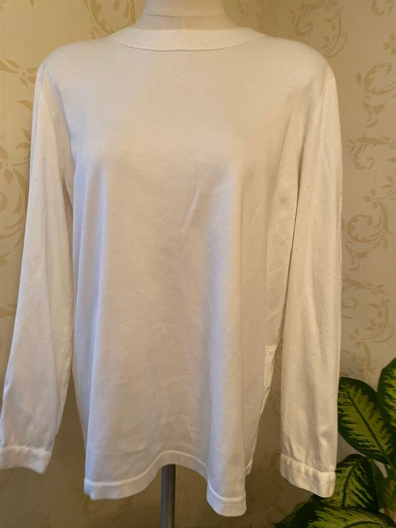 Chanel Boutique White Shirt w/Gold Chanel Buttons
