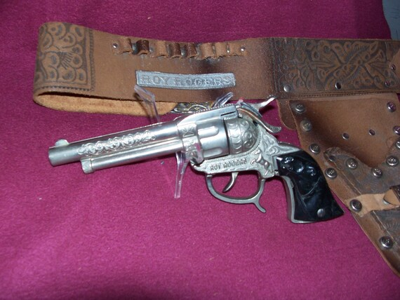 ROY ROGERS SET cap gun and holster