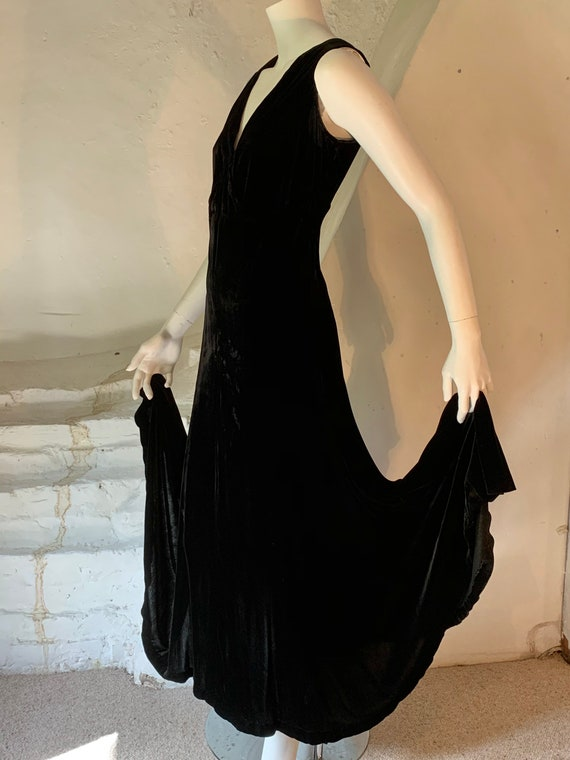 1930s Long black silk velvet evening gown.