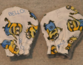 "Despicable Me Minions ""BELLO"" Light Weight No-Scratch Baby Mittens ""FREE Domestic SHIPPING"""