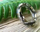 Ocean Resin ring, Mermaid Ring, Black Resin Ring, Summer Sea Ring, Real Algae Ring, Gold Flakes Resin Ring, Thin Rounded Band, Gift for Her