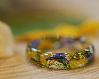 Pressed Flower Ring, Wildflowers Rings, Resin Ring, Sunflower Ring, Botanical Jewelry, Feminine Ring, Cute Ring, Real Flower Jewelry