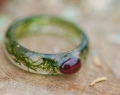 Raw Garnet Ring, Moss Nature Ring, Stone Ring, January Birthstone Ring, Rough Crystal Ring, Magic Fairy Ring, Terrarium Resin Ring