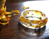 Calendula Resin Ring, Flower Ring, Nature Inspired Engagement Ring, Botanical ring, Orange Women Ring, Flower Jewelry, Gift for Her