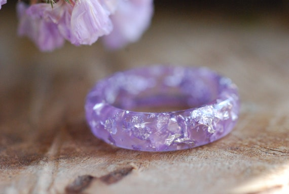 Eco Resin Jewelry Gifts for Women Silver Flakes Stacking Resin Ring Violet Ring Violet Faceted Ring Minimal Resin Ring