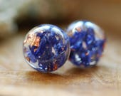 Botanical Gift, Flower Earrings, Pressed Flower Earrings, Nature Jewelry, Floral Earrings, Blue Resin Studs, Copper Earrings, Wanderlust