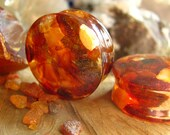 Raw Orange Amber Ear Gauges, Clear Baltic Amber Ear Plugs, Gemstone Piercing for Man, Warm and Protective Energy, Brings Luck and Success