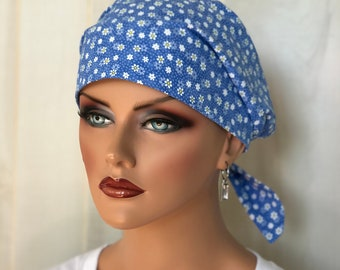 Women's Surgical Scrub Cap, Scrub Hat, Cancer Head Scarf, Chemo Headwear, Alopecia Head Cover, Head Wrap, Cancer Gift, Blue Mini Daisiesl