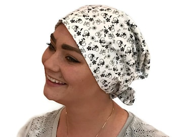 Women's Surgical Scrub Cap, Scrub Hat, Cancer Head Scarf, Chemo Headwear, Alopecia Head Cover, Head Wrap, Cancer Gift. Black White Floral