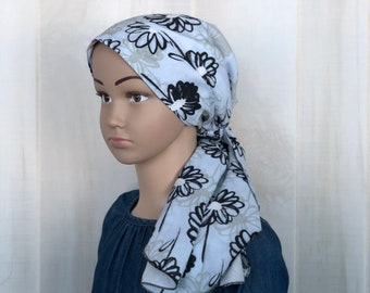 Child's Pre-Tied Head Scarf, Girl's Chemo Hat, Cancer Head Cover, Alopecia Headwear, Head Wrap, Cancer Gift, Hair Loss, Light Blue Daisies