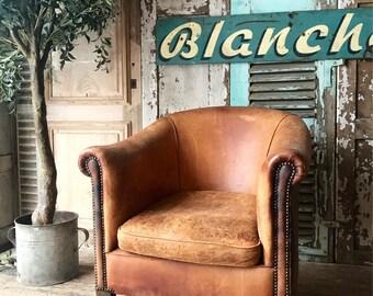 Vintage Dutch leather tub chair. Made by Nico van Oorschot.
