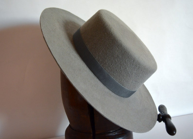 78a8ae4f59239 Bolero Hat The WRANGLER Grey Wool Felt Flat Crown Wide