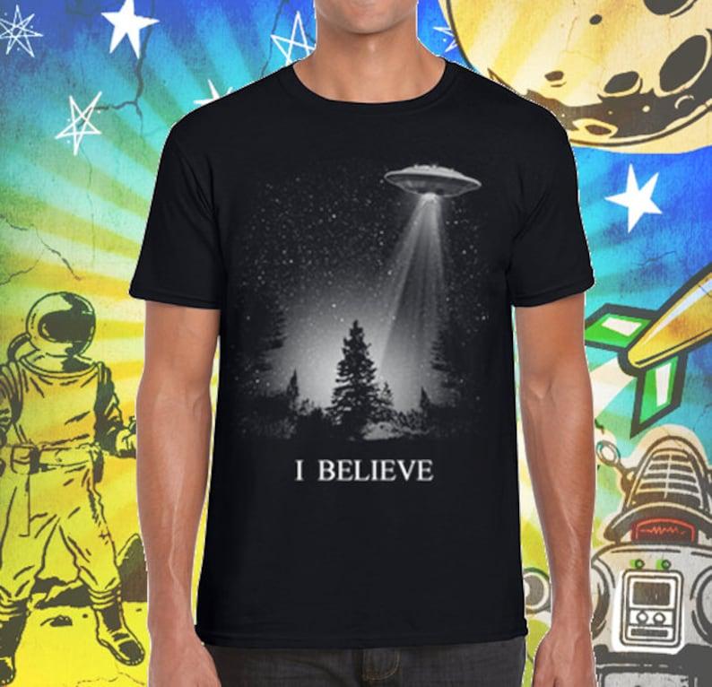 The X-Files Shirt / Fox Mulder / I Believe UFO / Men's Jet Black T-Shirt