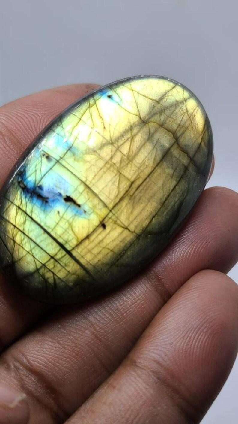 AAALarge Labradorite Cabochonrock and MineralRainbow stoneloose crystalgemstoneSpectroliteLabradoriteMadagascarsupplyblue flash