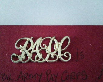 1//6 British Airborne Royal Army Medical Corps maroon beret /& RAMC metal badge