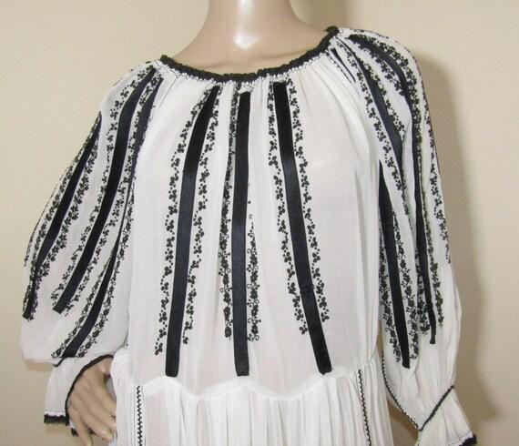 Antique RARE Romanian dress from Transylvania , S… - image 4