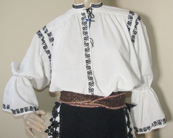 Romanian peasant costume, Romanian ethnic outfit … - image 10