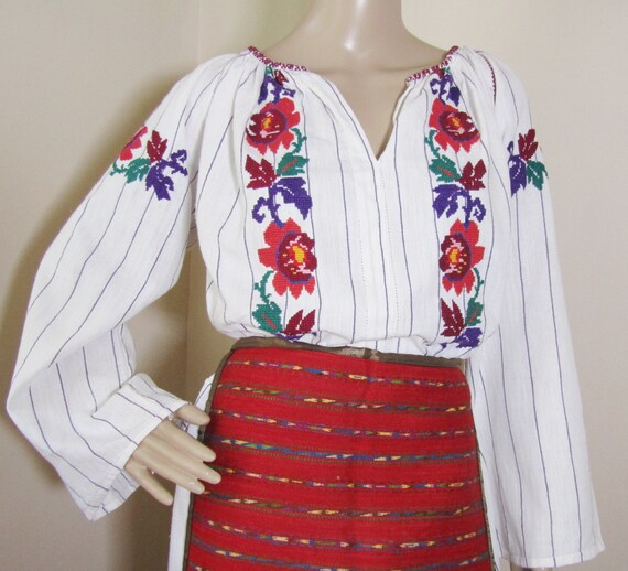 Romanian peasant costume, Romanian ethnic outfit … - image 9