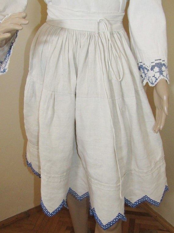 Antique Romanian peasant blouse and skirt from Tr… - image 2