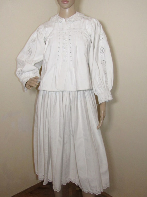 Antique Romanian peasant blouse and skirt from Tra