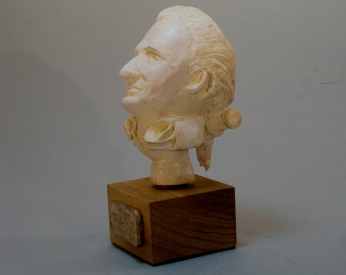 Paine - bust of Tom Paine