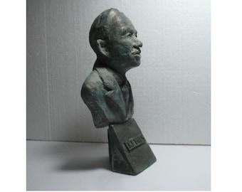KEYNES - bust of John Maynard K the Economist