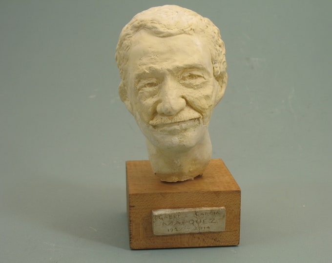 Gabriel Garcia Marquez, writer in hydrostone antique white finish on wood base