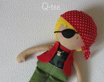 Q-tee pirate rag doll Rory