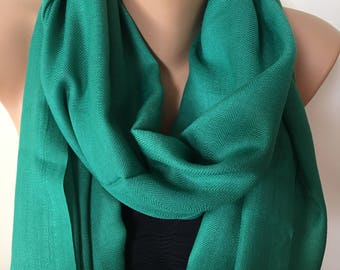 10f6590fd44c7 SOFT Pashmina Scarf, Emerald Green Winter Scarf, Fashion Green Scarves,  Pashmina Scarf, Jade Green Scarf, Gift For Mom, Easter Gifts,