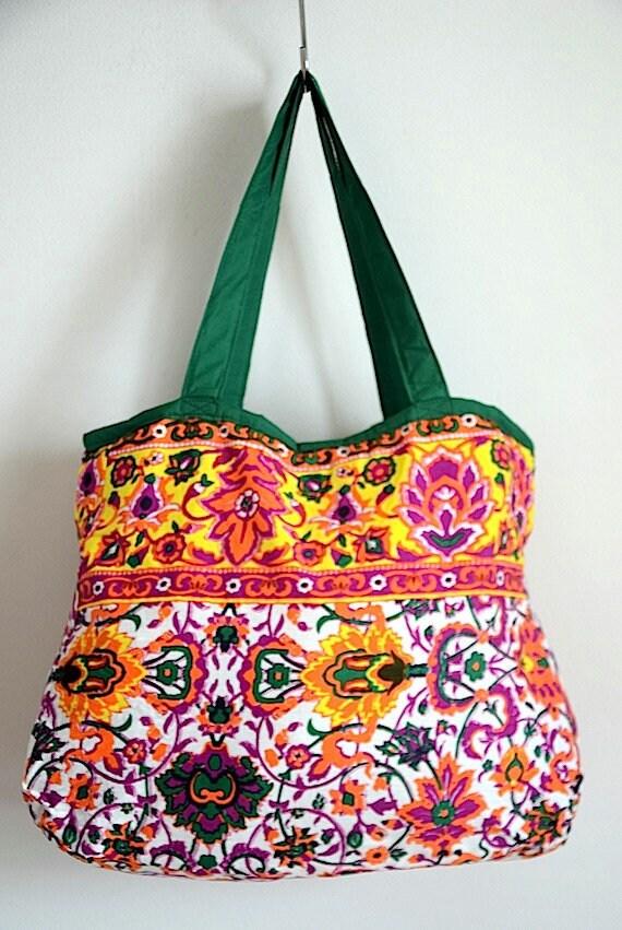 Grande plage Hip sac Boho Flora sac Gipsy sac fait à la main Unique sac à bandoulière Messenger Bag Festival sac à couches sac Limited NAPA3A