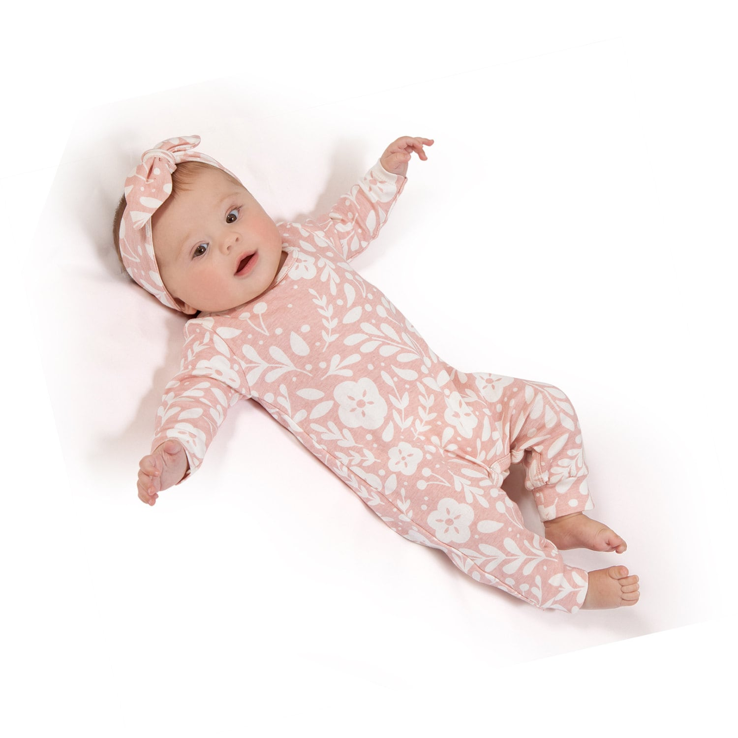 8b74bcdcc97 Newborn Girl Coming Home Outfit