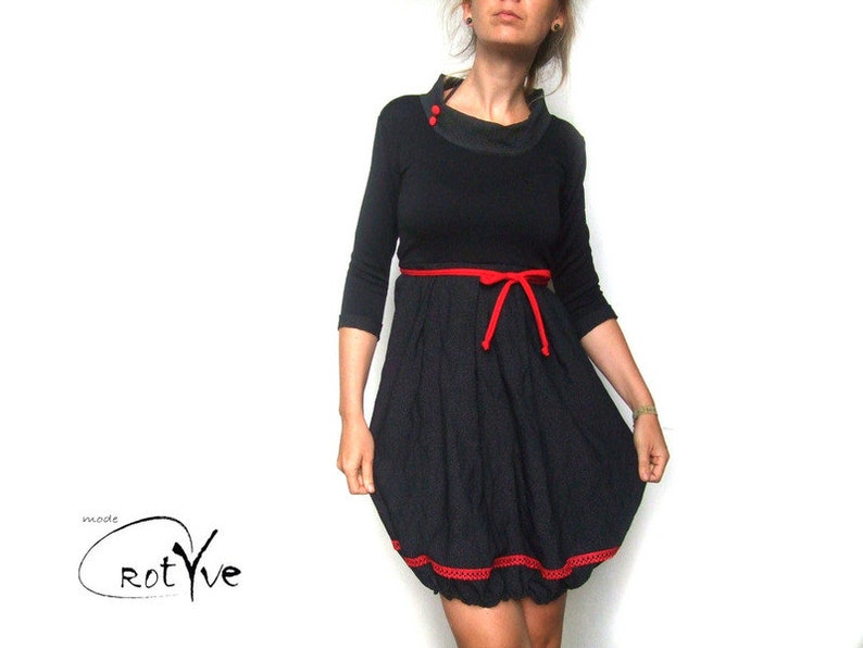 Brunhilde balloon dress with dots and lace black red festive image 0