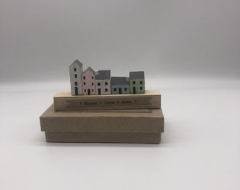 Wooden home ornament