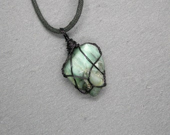 Emerald pendant, unisex Taurus necklace, rough crystal amulet, heart chakra stone, may birthstone, harmony gemstone, men jewelry