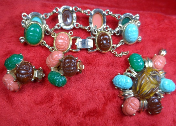 Vintage Egyptian Revival Scarab Lucite Jewelry Set