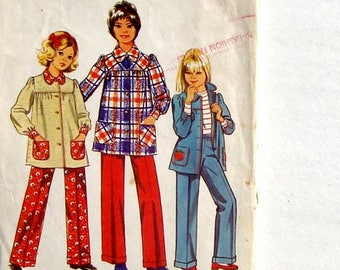 Vintage 70's Simplicity Girls' Smock-Top and Pants Sewing Pattern #5226 - Size 8 (Breast 27)
