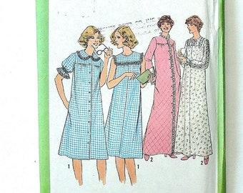 Vintage 1977 Simplicity Misses  Nightgown   Robe Pattern  8198-Sz 12 -  UNCUT F F 14a7f232d