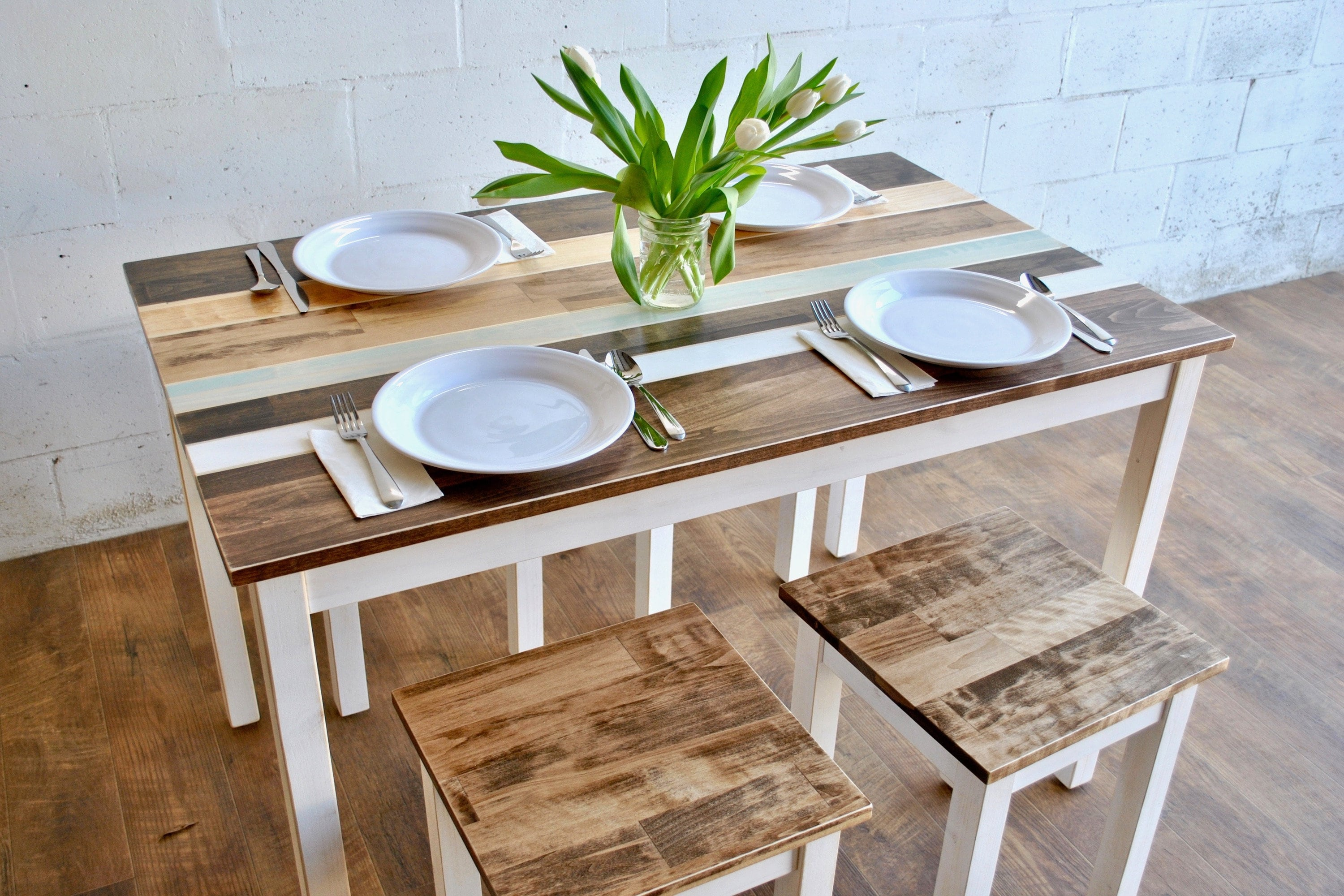 Picture of: Small Dining Set Farmhouse Dining Table Set Small Dining Table Kitchen Table Dining Set Small Kitchen Table